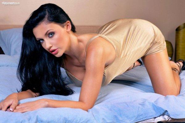 Aletta Ocean сексуальная порно актриса до изменений фотосет