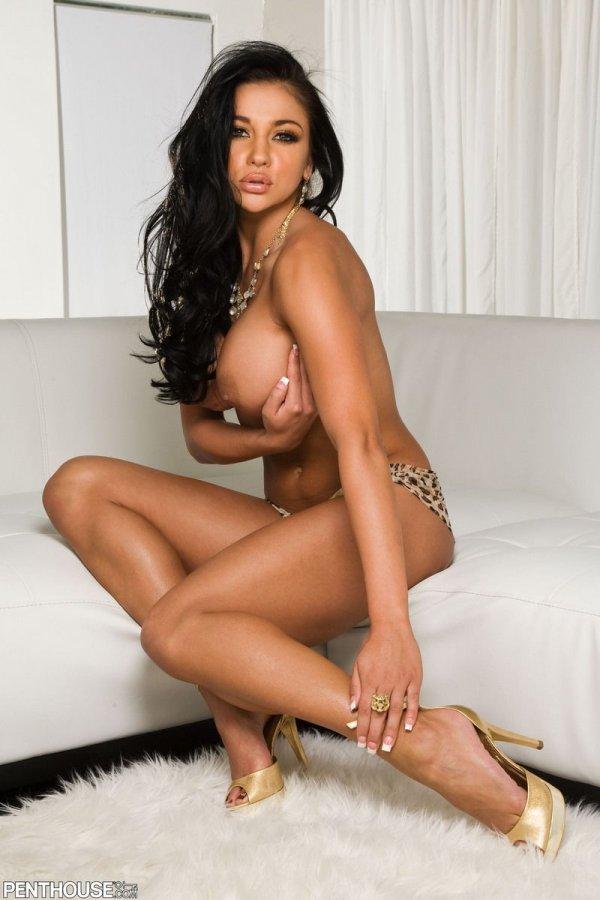 Audrey Bitoni порно звезда с шикарной фигурой голая
