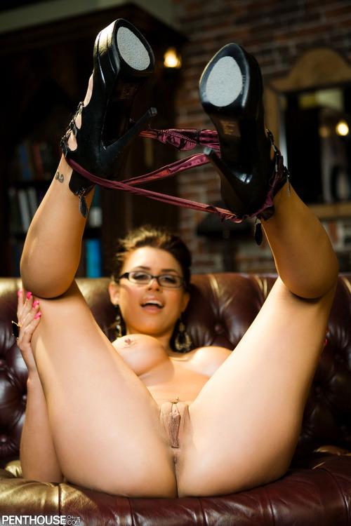 Прекрасная порно звезда Eva Angelina