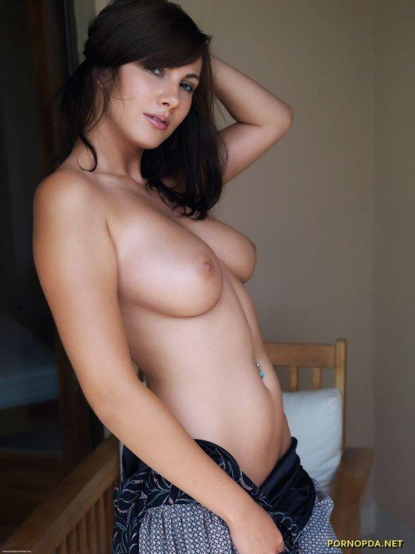 Conny Lior фотосет порно звезды