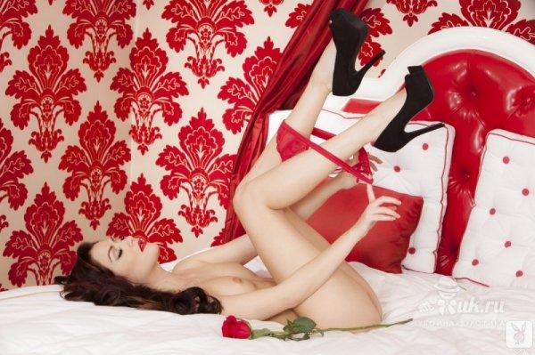 Прекрасная Cassie Laine - Весы по знаку зодиака