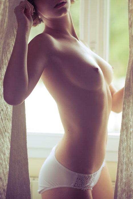 Эротические картинки с разными девушками