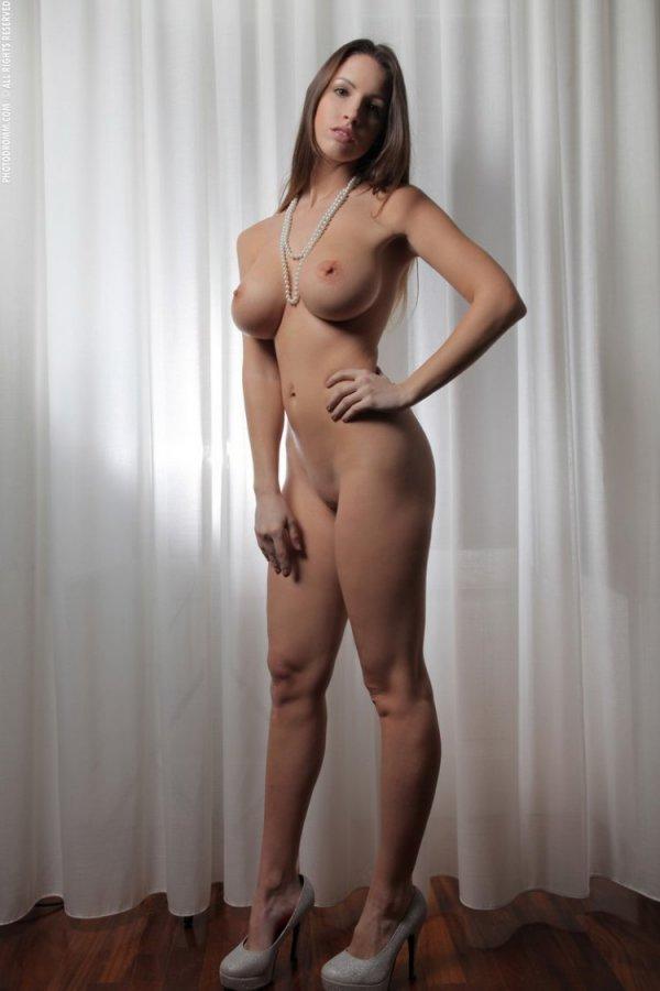 Эро модель Овниха Lucia Javorcekova
