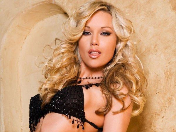 Порно ролики с порно звездой Kayden Kross