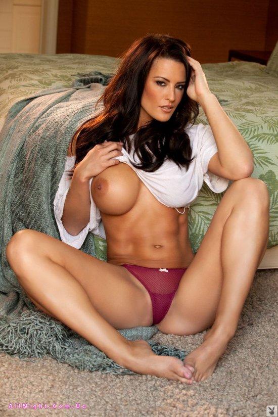 Красивая и стройная Jessie Shannon