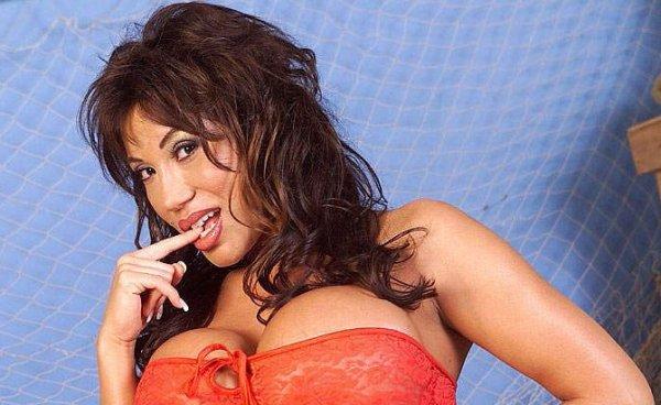 Ava Devine старая порно актриса с большими дойками