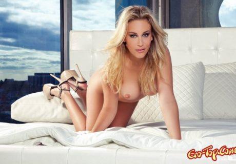 Шикарная jenni lynn сексуально позирует голой в фотосете